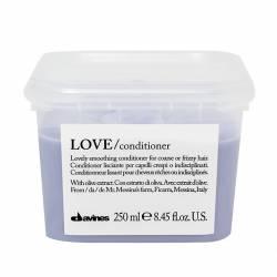 Кондиционер для разглаживания завитка Davines Love Lovely Smoothing Conditioner 250 ml